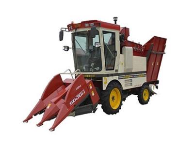 金达威4YZP-2自走式玉米收获机