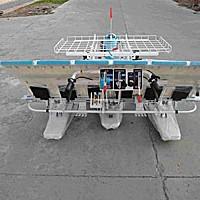 隆庆2ZS-6水稻插秧机
