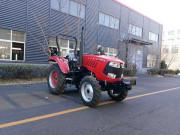 1004轮式拖拉机