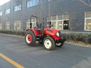 704B轮式拖拉机