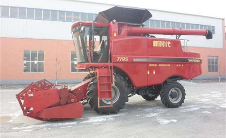 山东亚丰4LZ-8自走式谷物联合收获机