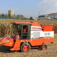 仁达4YZX-2C玉米收获机