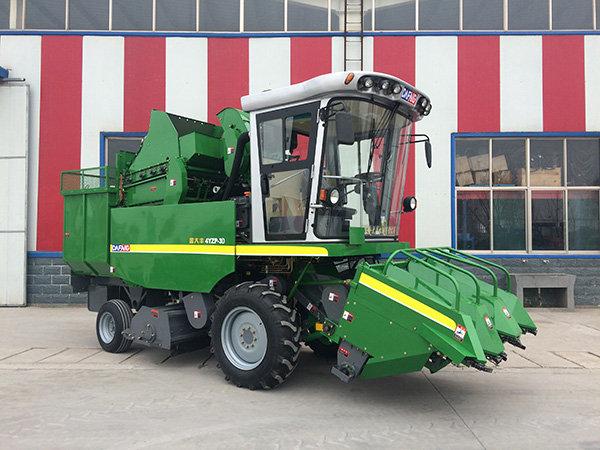 金大豐4YZP-3D自走式玉米收獲機