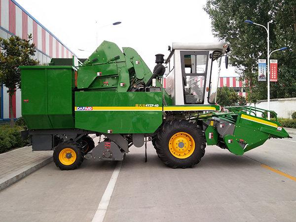 金大豐4YZP-4F玉米收獲機