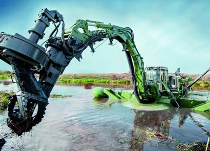 水王两栖式多功能环保挖泥船—水底清淤