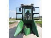 新农4YW-2玉米联合收获机