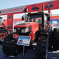 瑞得RD2104轮式拖拉机