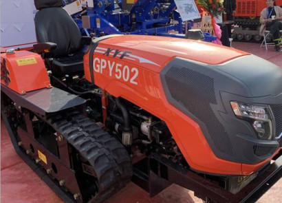 金达威GPY502多功能履带拖拉机