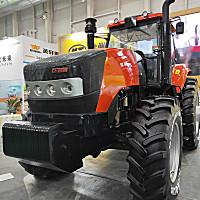 凯特迪尔3004拖拉机