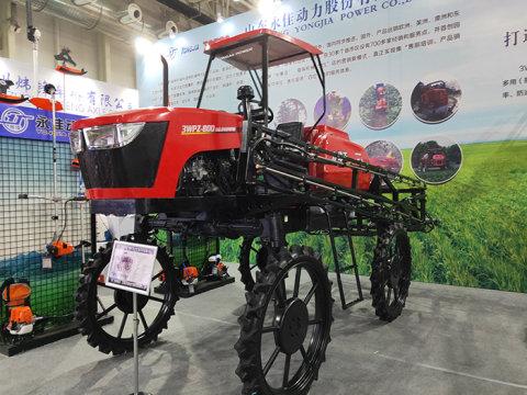 山东永佳3WPZ-800自走式喷杆喷雾机