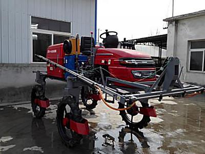 安徽楚天3WP-700自走式噴桿噴霧機