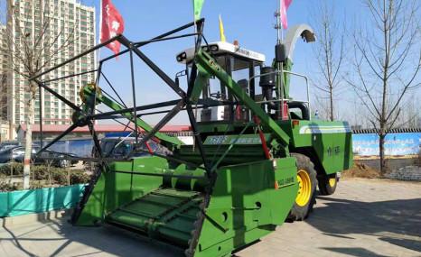 华昌机械众诺4QZ-3000自走式青饲料收获机