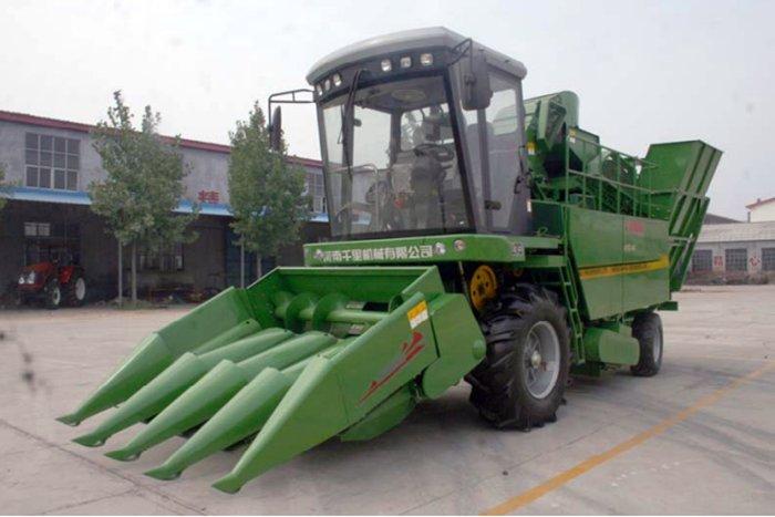千里4YZ-4C自走式玉米收获机