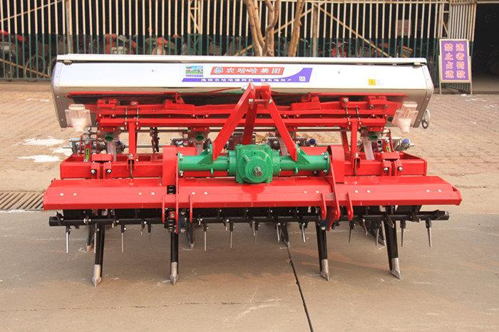 河北農哈哈2BYFSF-4玉米免耕施肥精播機(動力防纏玉米播種機)