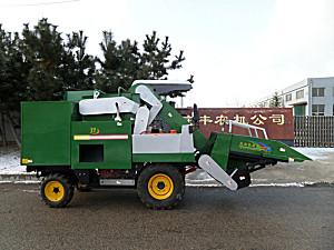文登宝丰4YZP-2B自走式玉米收获机