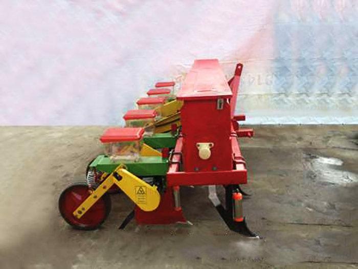 驻马店中农2BYMF-5免耕玉米精量施肥穴播机