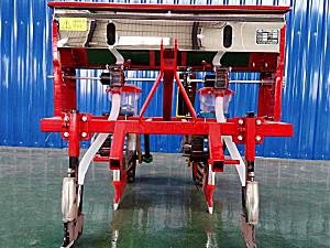 驻马店中农2BYSF-2玉米施肥穴播机