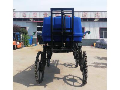 济宁圣地3WPZ-700自走式喷杆喷雾机