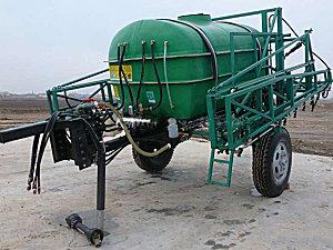 沙湾广大3WP-4000A牵引式喷杆式喷雾机