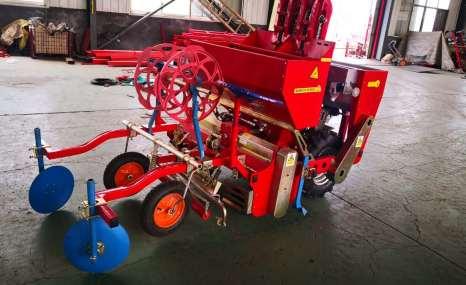 奥华2CMMF-2土豆播种机