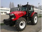 2204A轮式拖拉机
