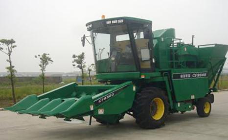 泰州常发4YZB-4型自走式玉米收获机