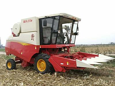 雷沃4YL-5M自走式玉米收獲機