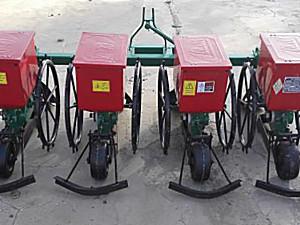 臣龙2BF-4免耕施肥播种机
