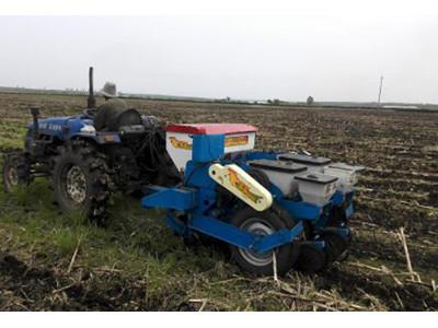 遼寧實豐2BMZF-2免耕施肥播種機