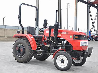 川龙CL300-1型轮式拖拉机