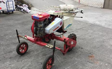 小金剛2ZBZ-1A型自走式煙草蔬菜移栽機