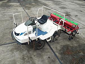 湖北桦磊2BDZ-8自走式水稻直播机
