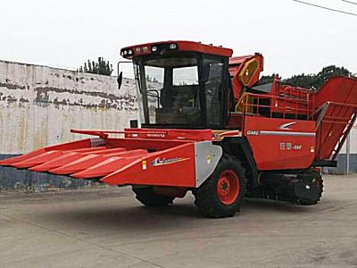 山东巨明4YZP-4H1自走式玉米收获机