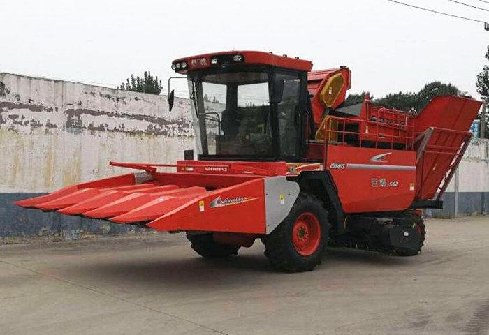 山東巨明4YZP-4H1自走式玉米收獲機