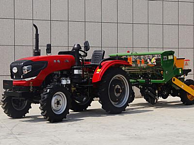 华博504轮式拖拉机