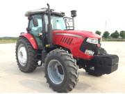 XS2204A轮式拖拉机