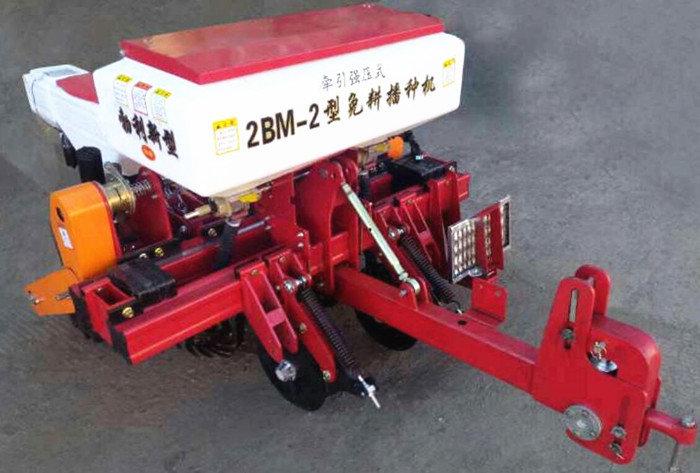 黑龍江勃宏2BM-2牽引強壓式免耕播種機