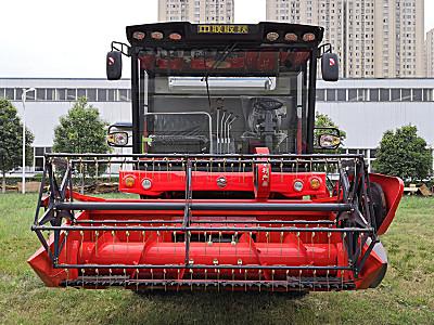 中聯收獲4LZ-8B1小麥水稻收割機(秸稈回收型)