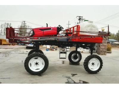 山东牧阳3WPZ-1700L自走式水旱两用喷杆喷雾机