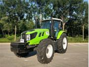 2204G轮式拖拉机
