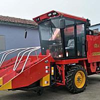 田霸4YZB-4自走式玉米收获机