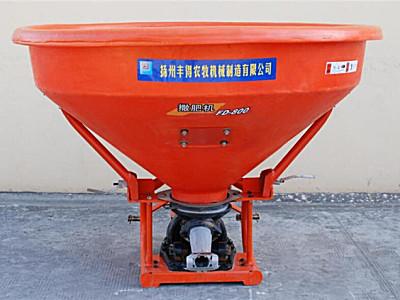 扬州丰得FD-800单摆式撒肥机