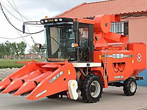 金达威4YZP-3C自走式玉米收获机