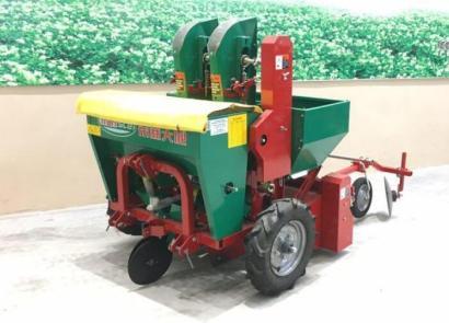 思代爾2CM-1/2馬鈴薯種植機