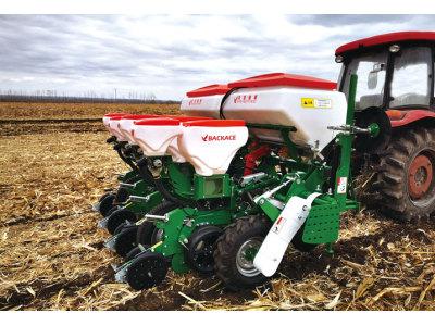 贝克锐斯2BMZ-4免耕施肥播种机