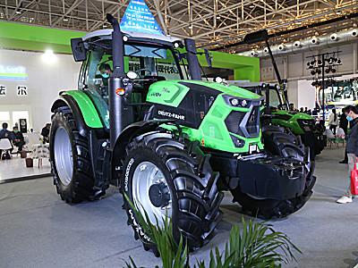 道依茨法爾7Wps-2204輪式拖拉機