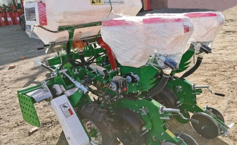 贝克锐斯2BMZ-2免耕施肥播种机