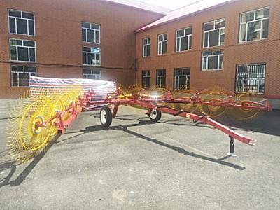 海伦祝农9L-7.4指轮式搂草机