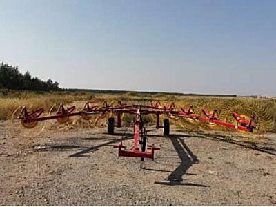 農豐源9LZ-6.6指輪式摟草機