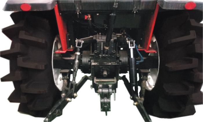 東方紅MF704水田型拖拉機